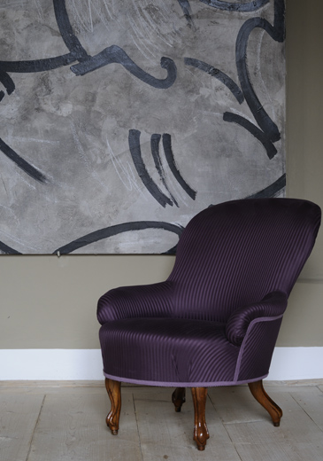 http://www.tcraig.co.uk/files/gimgs/10_dsc2786-purple-silk-chair.jpg